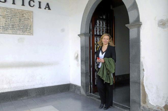 La juez de Podemos, Victoria Rosell, tras declarar como imputada.