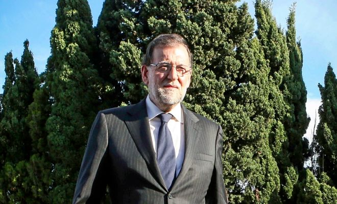 El presidente del Gobierno, Mariano Rajoy, ayer en el tanatorio.