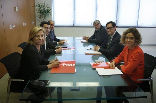 Primera reunión de la comisión negociadora PSOE-PSC.