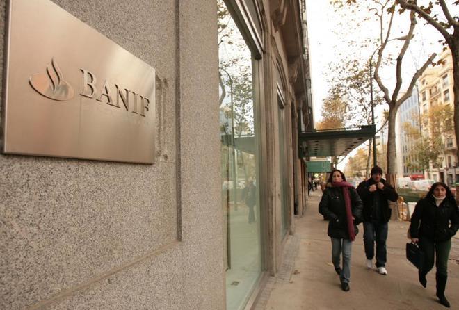 Una de las antiguas oficinas de Banif, antes de que el banco fuera...