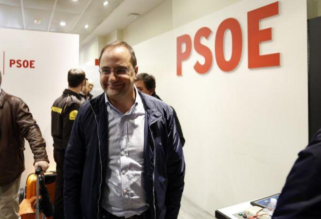 Cesar Luena, saliendo de un reciente Comité Federal del PSOE.