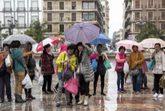 Las lluvias de estos días no ha impedido a los turistas más...