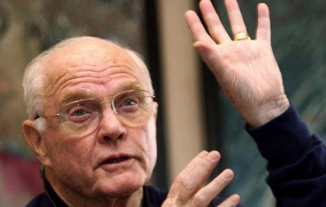 John Glenn, en una conferencia que ofreció en Italia en 1999