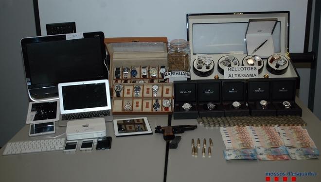 Material confiscado al padre de Nadia en el control policial