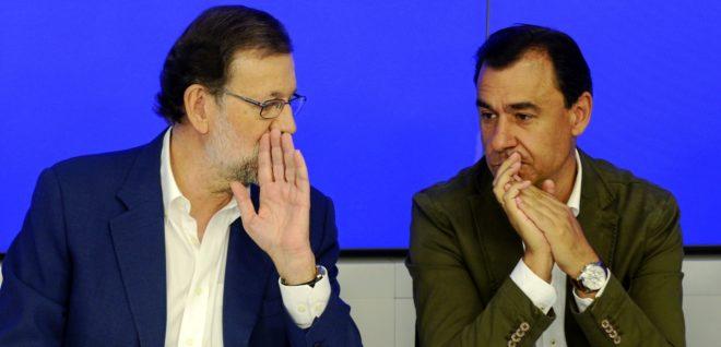 Mariano Rajoy y Fernando Martínez-Maillo, en una reunión del Comité...