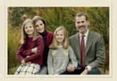 La fotografía que acompaña la felicitación navideña de la Familia...