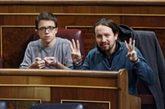 Íñigo Errejón y Pablo Iglesias, hoy, en el pleno del Congreso de...
