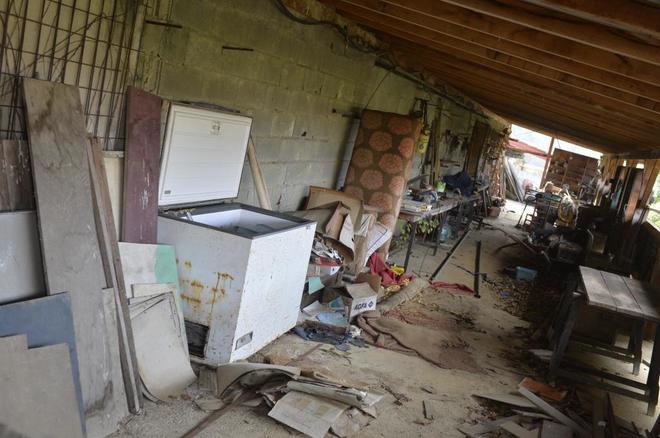 El interior de la vivienda de Louhossoa (Francia) donde fue hallado el...