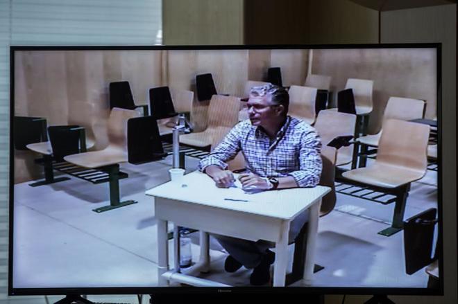 Francisco Granados, en su declaración por videoconferencia desde la cárcel de Estremera el pasado junio. | OLMO CALVO