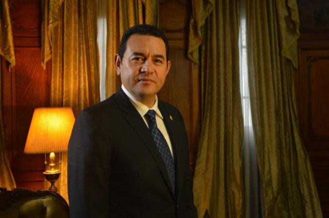 Jimmy Morales, presidente de Guatemala, durante la entrevista en su despacho.