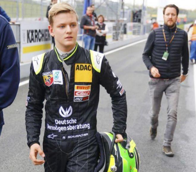 Mich Schumacher, en una imagen reciente en Oschersleben (Alemania).