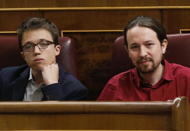 Íñigo Errejón y Pablo Iglesias, juntos en el Congreso de los...