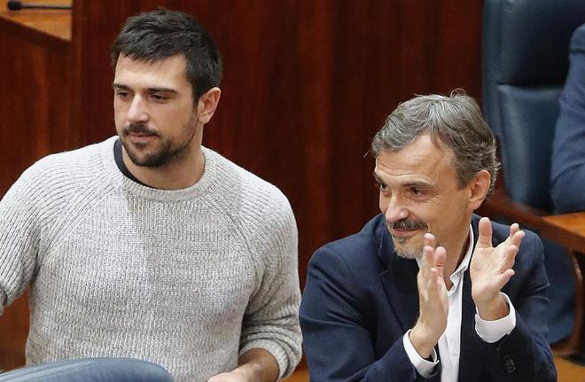 José Manuel López, junto a Ramón Espinar.