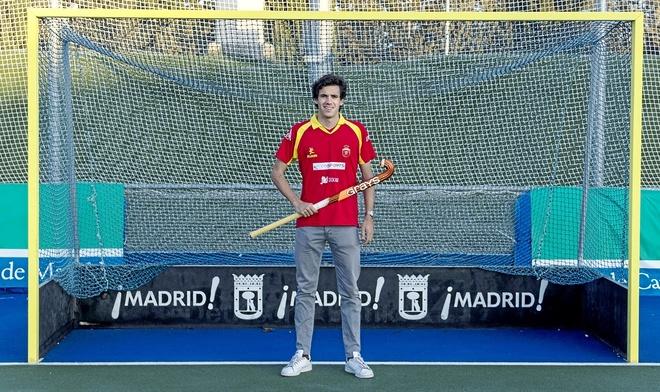 Enrique González de Castejón posa para EL MUNDO en el Club de Campo.