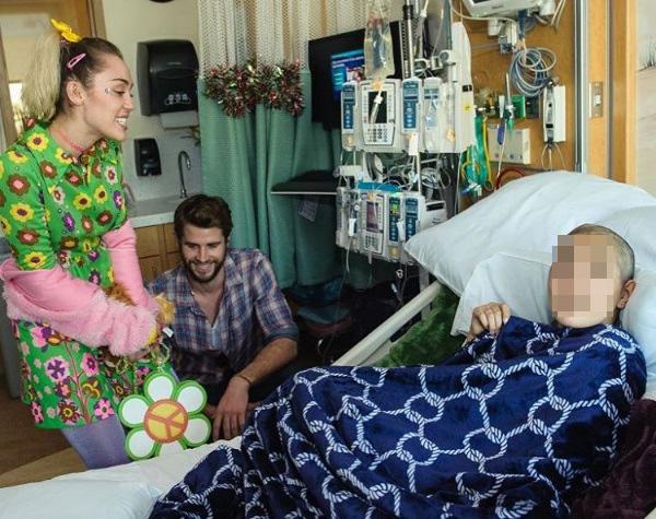 Miley Cyrus y Liam han repartido cariño en un hospital infantil de...