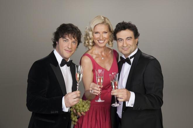 Anne Igartiburu, con Jordi Cruz y Pepe Rodríguez.