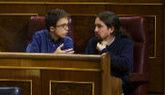 Íñigo Errejón y Pablo Iglesias, en un pleno en el Congreso de los...
