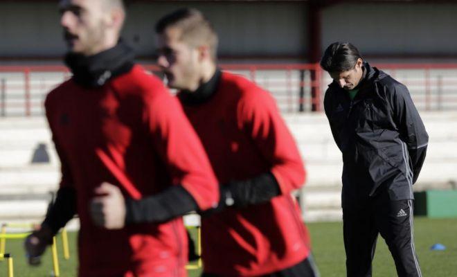 Vasiljevic, durante el entrenamiento del viernes de Osasuna en Tajonar.