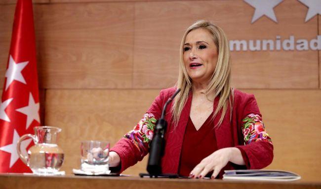 La presidenta de la Comunidad de Madrid, Cristina Cifuentes, en un...