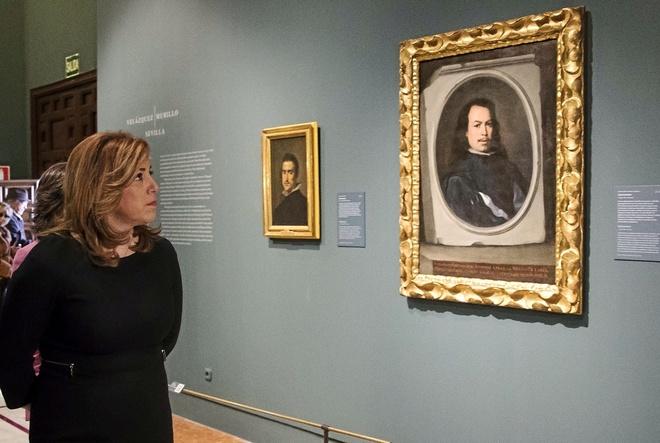 """La presidenta andaluza, Susana Díaz, en la exposición 'Velázquez. Murillo. Sevilla"""" que acoge la capital hispalense."""