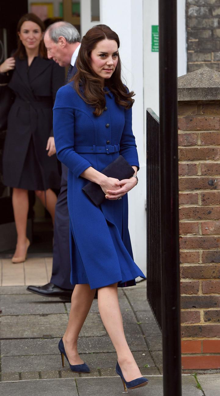 El look escogido por la duquesa de Cambridge para su primera...