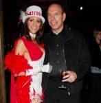 Ken Starr, junto a su esposa Diane Passage.