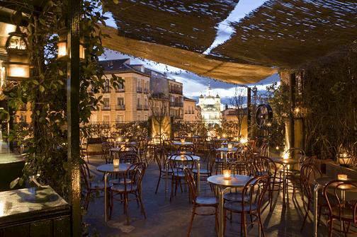 Las terrazas madrileñas sólo podrán abrir hasta la 1 de la madrugada en  invierno y 1.30 en verano 15ce053ffd7