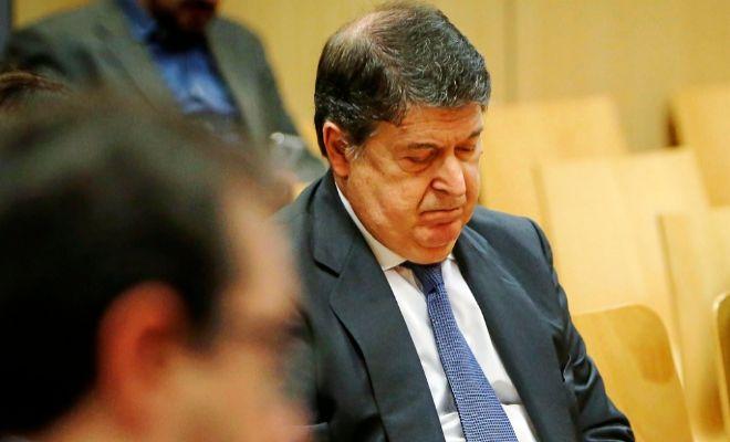 El ex presidente de la Generalitat, José Luis Olivas, en el banquillo de los acusados.