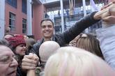 Pedro Sánchez, en el primer acto con militantes que celebró tras su...
