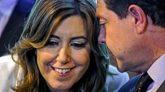 La presidenta de la Junta de Andalucía Susana Díaz y el de Castilla...