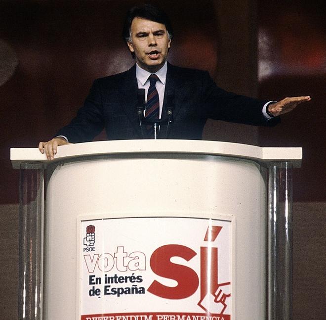 Felipe González en el mitin del cierre de la campaña a favor del...