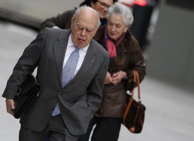 Jordi Pujol y Marta Ferrusola, en la Audiencia Nacional para declarar...