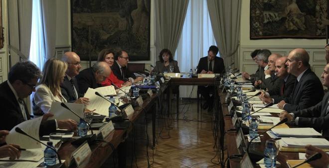 La Comisión Bilateral Generalitat-Estado reunida en 2011