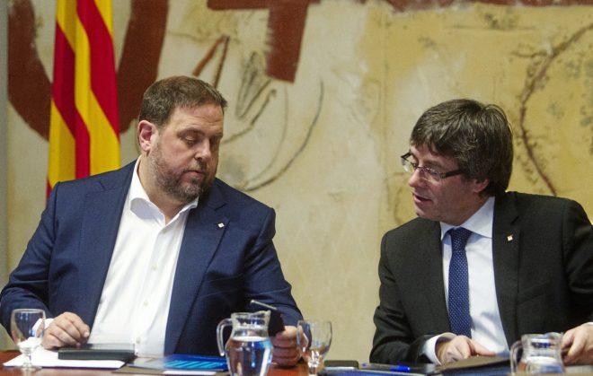 Oriol Junqueras y Carles Puigdemont, el martes en la reunión semanal...