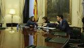 La vicepresidenta del gobierno Soraya Saenz de Santamaría se reúne...