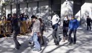 Algunos de los presuntos agresores de los guardias civiles, ante la...