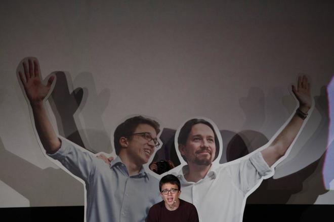 Íñigo Errejón, durante la presentación de su candidatura, con una...