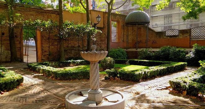Los rincones m s curiosos de madrid viajes el mundo - Rincones de jardines con encanto ...