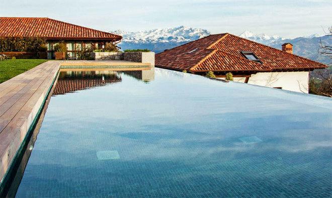 Una aldea de cinco estrellas en asturias viajes el mundo for Hoteles con piscina asturias