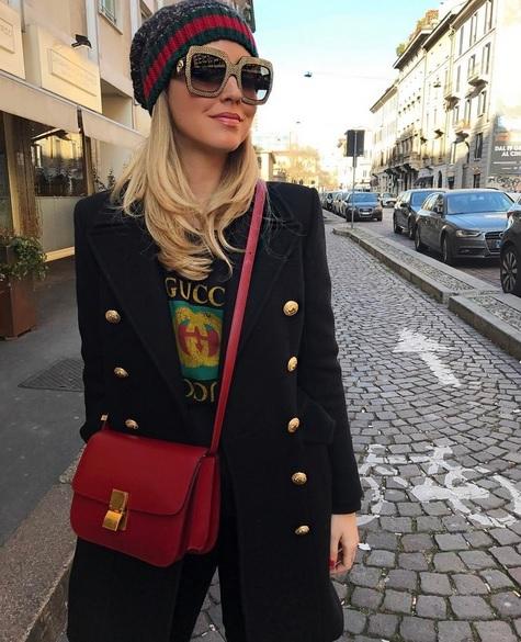 Chiara Ferragni con camiseta de Gucci.