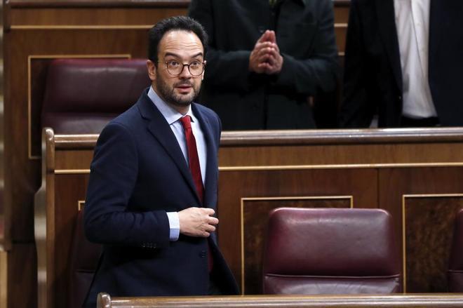 El portavoz del grupo parlamentario socialista Antonio Hernando en el...