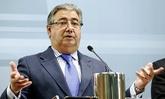 El ministro del Interior, Juan Ignacio Zoido, ayer, durante su...