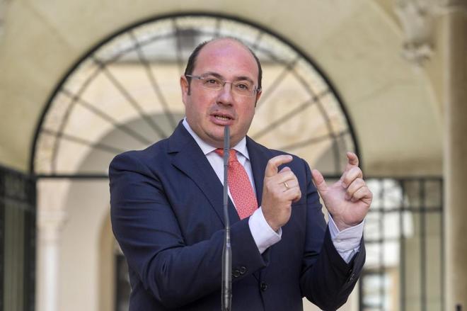 Pedro Antonio Sánchez, en una rueda de prensa ofrecida el lunes.