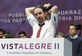 Iglesias, con Errejón al fondo, en la Asamblea Ciudadana Estatal...