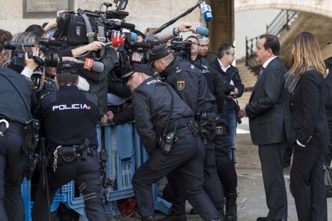 El fiscal Pedro Horrach hace declaraciones a los medios de comunicación .