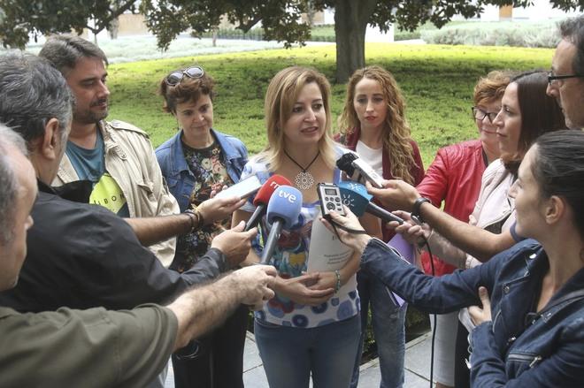 Carmen Lizárraga, en el Parlamento andaluz.