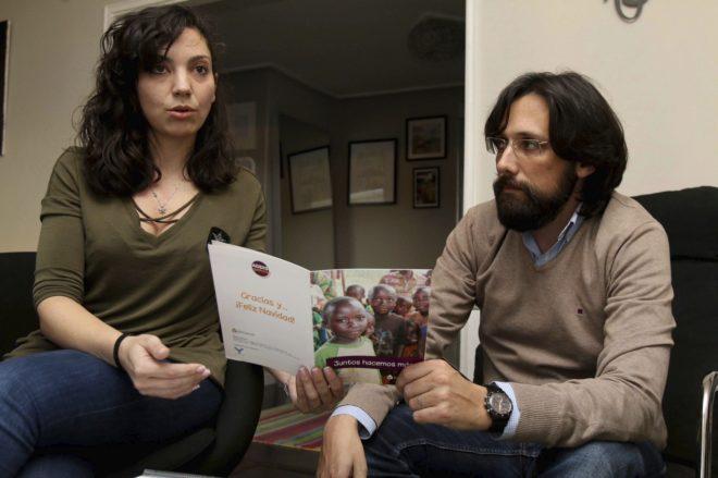 Ana González y Antonio González son de Ourense y denuncian irregularidades en su proceso de adopción.