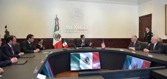 Peña Nieto se reúne con Tillerson y con Kelly en México.