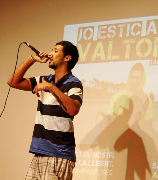 El rapero mallorquín Valtonyc, durante una actuación en una fiesta de EU Baleares en 2012.