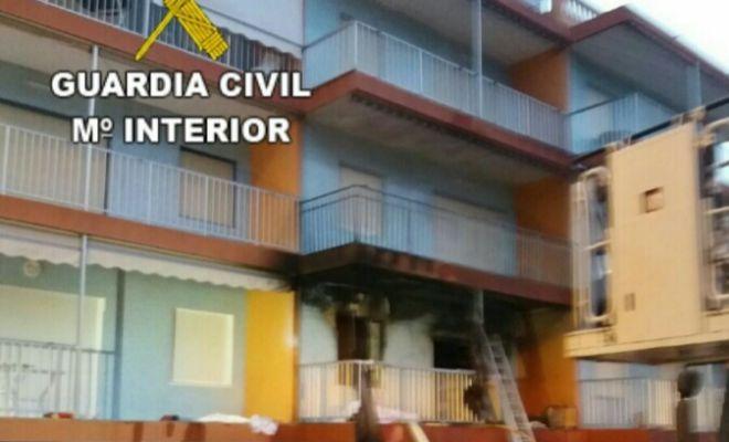 Muere un hombre al explotar una bombona de gas en una casa for Repsol butano santa pola